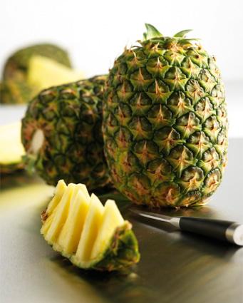 ananas sans plumet idpratic frais terreazur grossiste et distributeur d 39 ananas sans plumet. Black Bedroom Furniture Sets. Home Design Ideas